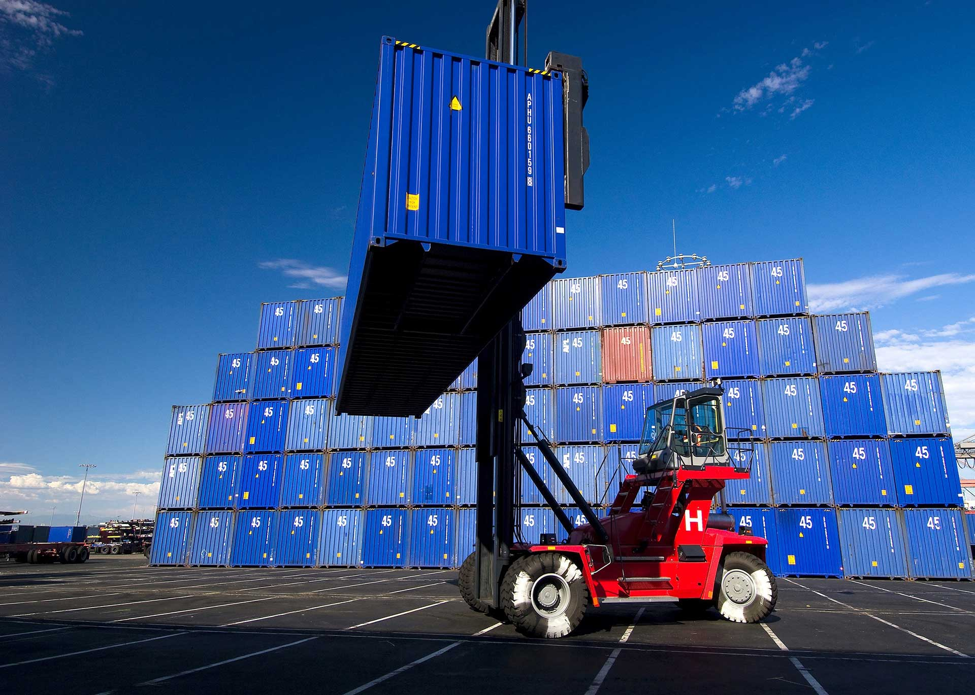 Our Trucking Service Ensures You Best Quality Services